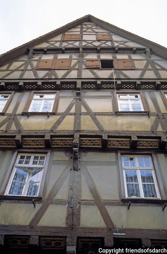Bad Wimpfen: Fachwerk uppper facade. Photo '87.