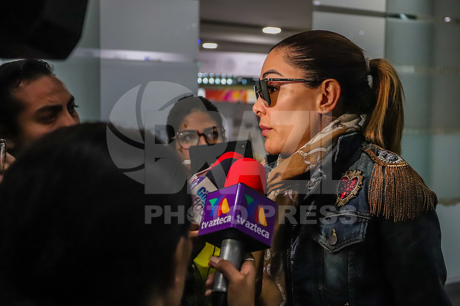 CIDADE DO MEXICO, MEXICO, 28.29.2019 - CELEBRIDADE-MEX - Ninel Herrera Conde é uma atriz, cantora e dançarina mexicana. Ficou conhecida no Brasil por interpretar Alma Rey na telenovela mexicana Rebelde, em 2004 é vista no aeroporto da cidade do México neste sábado, 28. (Foto: William Volcov/Brazil Photo Press)