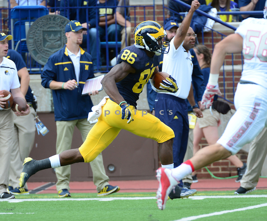 Michigan Wolverines Jehu Chesson (86) during a game against the UNLV Rebels on September 19, 2015 at Michigan Stadium in Ann Arbor, MI. Michigan beat UNLV 28-7.