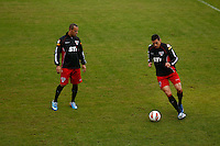 COTIA, SP, 25 DE JUNHO DE 2013. TREINO SPFC. o jogadores Lucio e  Luis Fabiano durante treino do time do SPFC no Centro de Treinamento de  Cotia.  FOTO ADRIANA SPACA/BRAZIL PHOTO PRESS