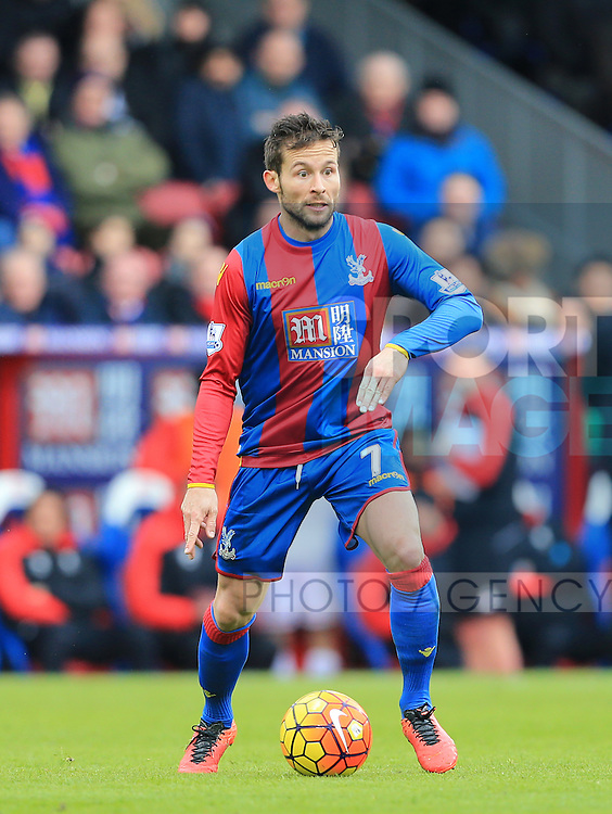 Crystal Palace's Yohan Cabaye in action<br /> <br /> - English Premier League - Crystal Palace vs Liverpool  - Selhurst Park - London - England - 6th March 2016 - Pic David Klein/Sportimage