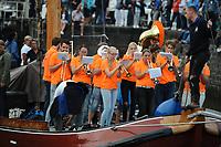ZEILSPORT: LEMMER: 15-08-2017, intocht SKS Skûtsjes, ©foto Martin de Jong
