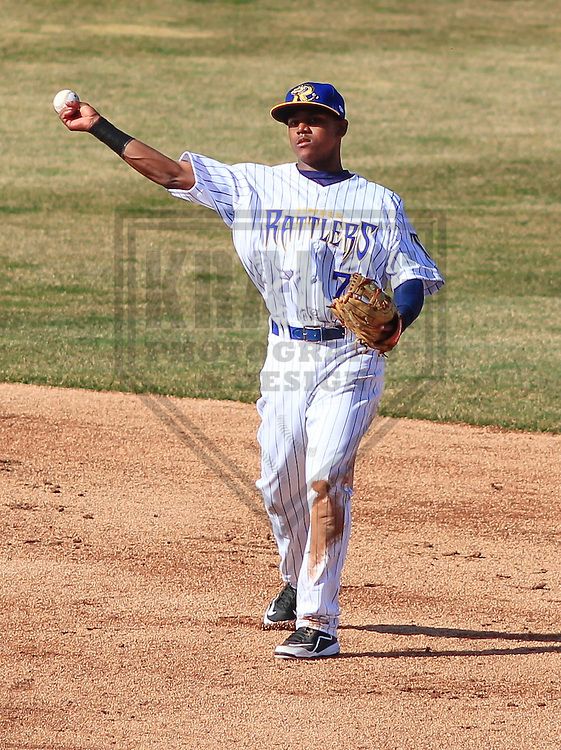 APPLETON - April 2015: second baseman Gregory Munoz (7) of the Wisconsin Timber Rattlers during a game against the Peoria Chiefs on April 12th, 2015 at Fox Cities Stadium in Appleton, Wisconsin. (Photo Credit: Brad Krause)