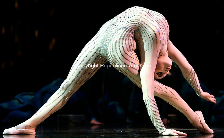 """HARTFORD, CT--21 September 2005- 092105JS04--Cirque du Soleil """"Varekai"""" opens in Hartford on Thursday. Irina Naumenko performs during a special showing on Wednesday. The show runs through October 16 in a tent on Market Street at I-84 and I-91 in Hartford.    Jim Shannon / Republican American--Cirque du Soleil; Varekai; Hartford; Irina Naumenko are CQ"""