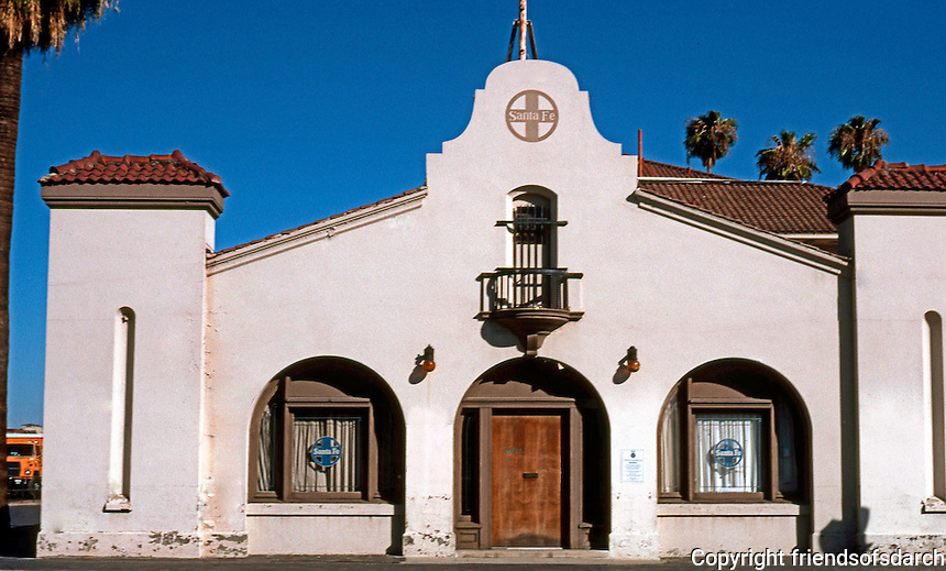 Mission RR Stations: Santa Fe Station--Tulare St. Facade. Fresno, 1910. Photo 2000.
