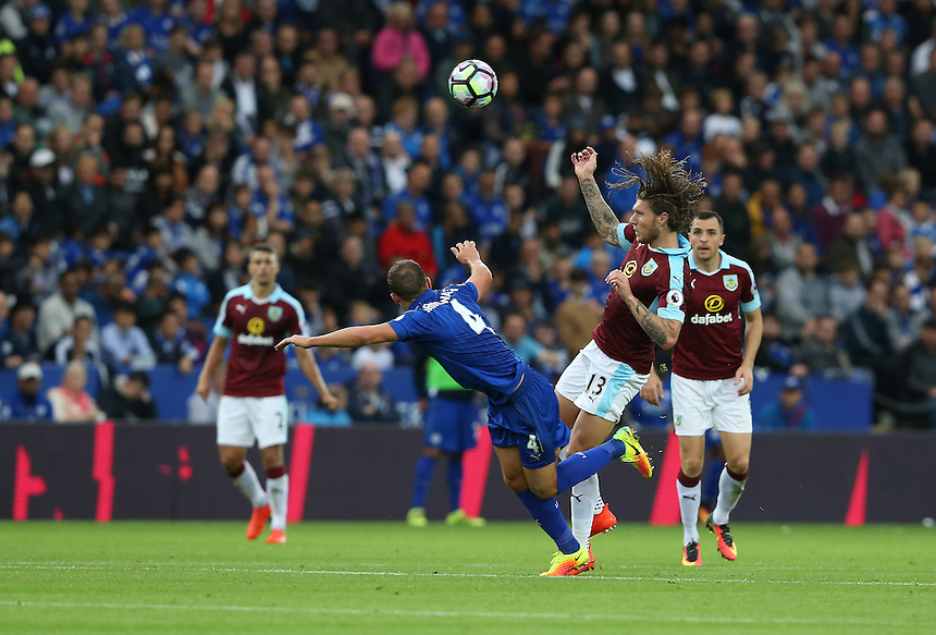 Burnley's Jeff Hendrick and Leicester City's Daniel Drinkwater<br /> <br /> Photographer Stephen White/CameraSport<br /> <br /> The Premier League - Leicester City v Burnley - Saturday 17th September 2016 - King Power Stadium - Leicester <br /> <br /> World Copyright &copy; 2016 CameraSport. All rights reserved. 43 Linden Ave. Countesthorpe. Leicester. England. LE8 5PG - Tel: +44 (0) 116 277 4147 - admin@camerasport.com - www.camerasport.com