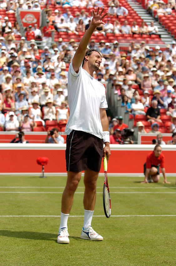 Photo: Richard Lane..The Stella Artois Championship at Queens. 08/06/2004..Goran Ivanisevic