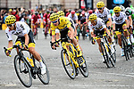 The peloton led by Team Sky on the Champs-Elysees during Stage 21 of the 104th edition of the Tour de France 2017, an individual time trial running 1.3km from Montgeron to Paris Champs-Elysees, France. 23rd July 2017.<br /> Picture: ASO/Alex Broadway | Cyclefile<br /> <br /> <br /> All photos usage must carry mandatory copyright credit (&copy; Cyclefile | ASO/Alex Broadway)