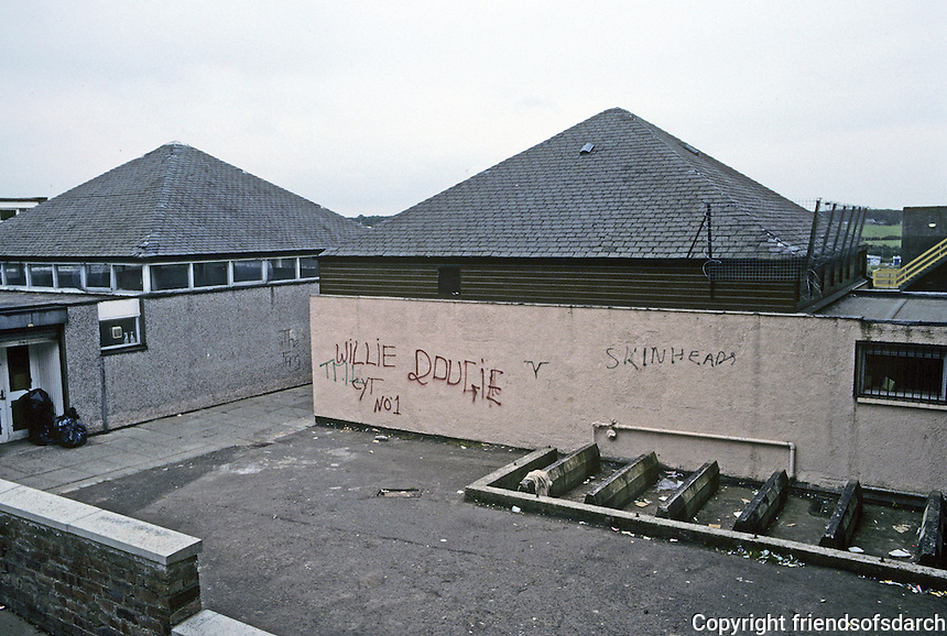 Cumbernauld: A very bleak prospect, whatever it is. Photo '90.