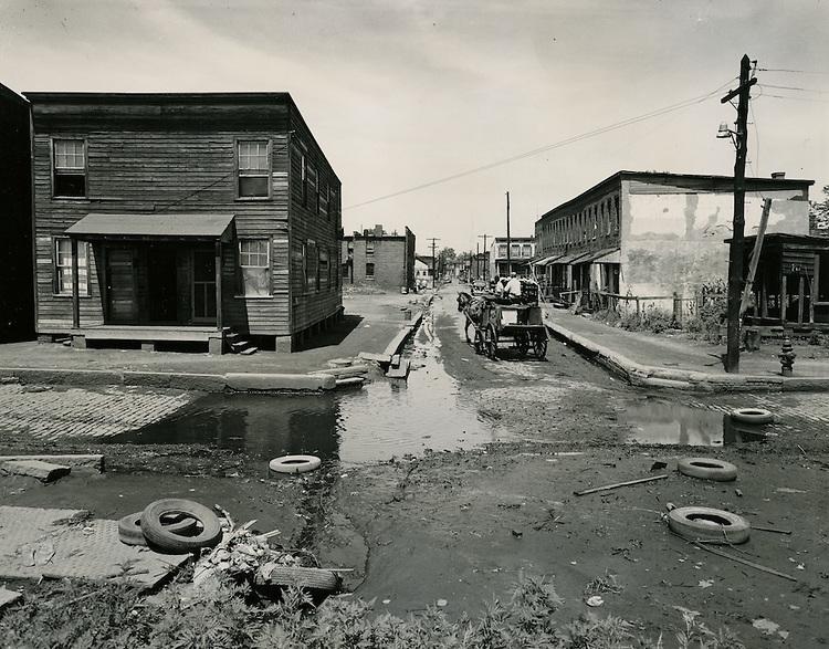 UNDATED..Assisted Housing..Tidewater Gardens (6-2 & 6-9)..Slum Conditions.439 Walke Street.Charlotte Street & Walke Street..McIntosh Studio.NEG#.NRHA# 654..