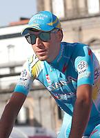 Italian Vincenzo Nibali          of the Astana Pro    Team  attends his team's presentation for the 96th Giro d'Italia cycling tour at Piazza del Plebiscito in Naples                                                                                                             NAPOLI 03/05/2013 PRESENTAZIONE DEI CORRIDORI DEL 96° GIRO D'ITALIA.NELLA FOTO .FOTO CIRO DE LUCA