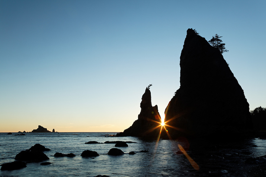 Sea stack at sunset, Rialto Beach, Olympic National Park, Washington State, USA