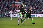 15.04.2018, Weser Stadion, Bremen, GER, 1.FBL, Werder Bremen vs RB Leibzig, im Bild<br /> <br /> Yussuf Poulsen (RB Leipzig #09)<br /> Philipp Bargfrede (Werder Bremen #44)<br /> Niklas Moisander (Werder Bremen #18)<br /> <br /> Foto &copy; nordphoto / Kokenge