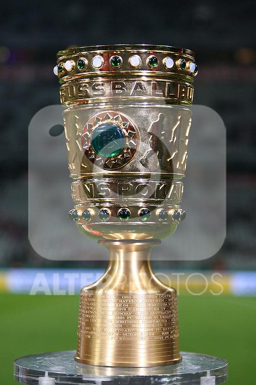 26.10.2010, Allianz Arena, Muenchen, GER, DFB Pokal, FC Bayern Muenchen vs SV Werder Bremen, im Bild  Der DFB Pokal, Foto © nph / Straubmeier