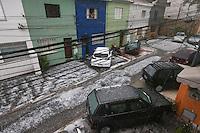 SAO PAULO, SP, 18.05.2014 - CHUVA SAO PAULO - Forte chuva de granizo atinge o bairro da Mooca na regiao leste da cidade de Sao Paulo neste domingo, 18. (Foto: Vanessa Carvalho / Brazil Photo Press).