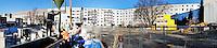 Altlastensanierung Jarrestrasse: EUROPA, DEUTSCHLAND, HAMBURG, (EUROPE, GERMANY), 30.11.2012: Auf dem Gelaende der ehemaligen Waescherei Wulff an der Jarrestraße 52-58 steht eine Altlastensanierung bevor. Auf dem Grundstueck befand sich das Moebel-Kaufhaus ? Die Waescherei ?..Waehrend des jahrzehntelangen Betriebes der Waescherei Wulff (1937-1988) ist der Boden auf dem Gelaende durch den unsachgemaessen Umgang mit chemischen Reinigungsmitteln (Leichtfluechtigen Chlorierten Kohlenwasserstoffen, LCKW) stark verunreinigt worden..Diese Schadstoffe sind tief in den Boden eingedrungen. Sie sind in das Grundwasser gelangt und haben eine ca. 500 m lange Schadstofffahne gebildet, die in suedlicher Richtung bis zur Weidestraße reicht.