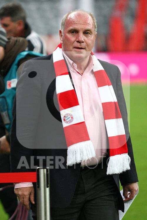 29.10.2010, Allianz Arena, Muenchen, GER, 1.FBL, FC Bayern Muenchen vs SC Freiburg, im Bild Uli Hoenefl (Pr?sident Bayern)  , Foto © nph / Straubmeier