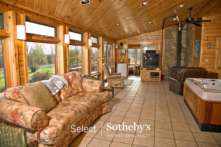 offered for sale by Select Sotheby's International Realty. [http://www.selectsothebysrealty.com] Agent Bob Martin