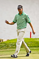 March 27, 2009, Arnold Palmer Invitational * Second Round*.  Sean O'hair, the second round leader acknowledges the crowd on the 18th green during second round play  at Bay Hill Golf Club in Orlando, Florida...