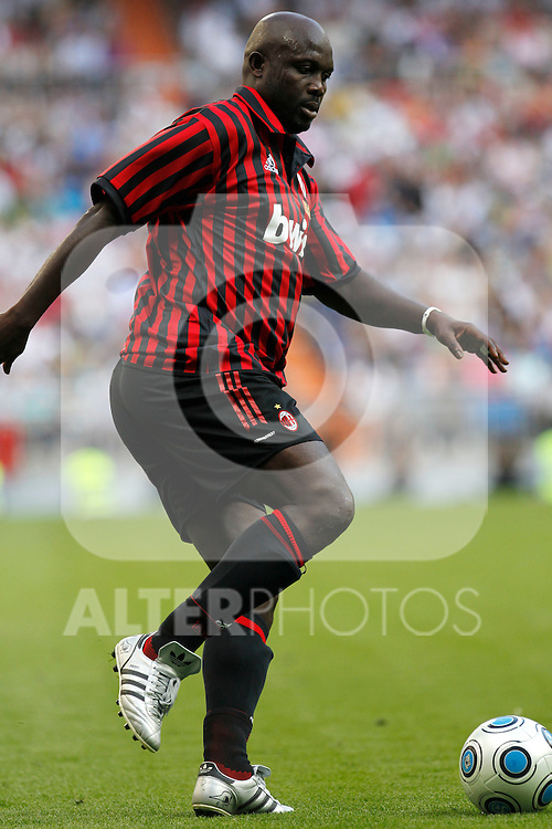 Madrid (30/05/10).- Estadio Santiago Bernabeu..Corazon Classic Match 2010.Real Madrid Veteranos 4- Milan Glorie 3.George Weah...Photo: Alex Cid-Fuentes/ ALFAQUI.