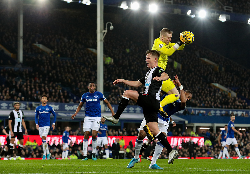 Everton's Jordan Pickford claims a cross<br /> <br /> Photographer Alex Dodd/CameraSport<br /> <br /> The Premier League - Everton v Newcastle United  - Tuesday 21st January 2020 - Goodison Park - Liverpool<br /> <br /> World Copyright © 2020 CameraSport. All rights reserved. 43 Linden Ave. Countesthorpe. Leicester. England. LE8 5PG - Tel: +44 (0) 116 277 4147 - admin@camerasport.com - www.camerasport.com