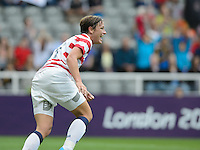 Newcastle, England - Friday, August 3, 2012: The USA women defeated New Zealand 2-0 in the quarterfinal round of the 2012 Olympics at St. James Park. Abby Wambach celebrates her goal.