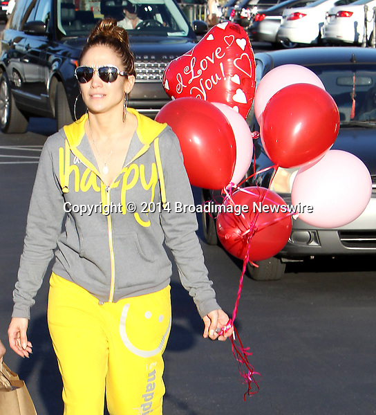 Pictured: Jennifer Lopez <br /> Mandatory Credit &copy; ACLA/Broadimage<br /> Jennifer Lopez and mother shopping for balloons on Valentine's day in Calabasas<br /> <br /> 2/14/14, Calabasas, California, United States of America<br /> <br /> Broadimage Newswire<br /> Los Angeles 1+  (310) 301-1027<br /> New York      1+  (646) 827-9134<br /> sales@broadimage.com<br /> http://www.broadimage.com