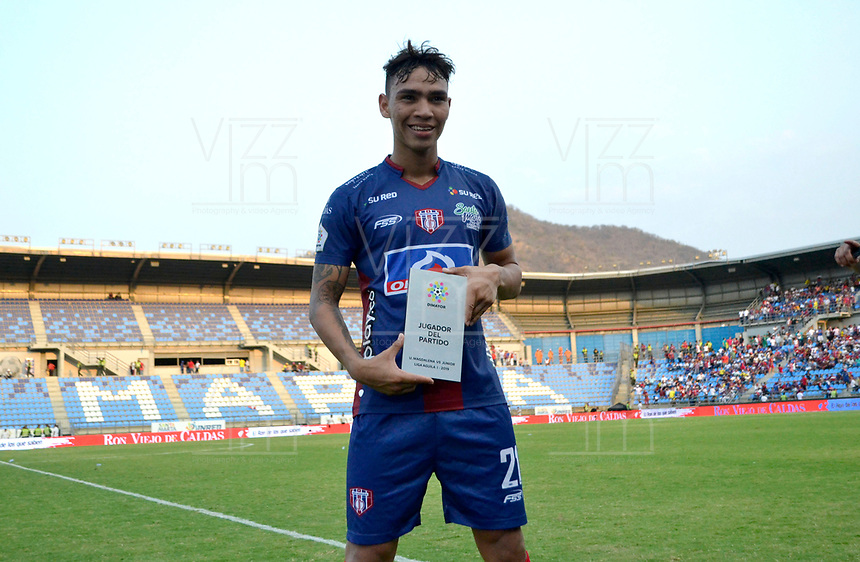 SANTA MARTA- COLOMBIA, 17-03-2019: Ricardo Marquez  jugador del Unión Magdalena  elegido el jugador del encuentro contra el Atlético Junior durante partido por fecha 10 de la Liga Águila I 2019 jugado en el estadio Sierra Nevada de la ciudad de Santa Marta. / Ricardo Marquez player of the Union Magdalena chosen the player of the match against Atlético Junior during match for the date 10 as part of the  Aguila League  I 2019 played at the Sierra Nevada Stadium in Santa Marta  city. Photo: VizzorImage / Gustavo Pacheco / Contribuidor
