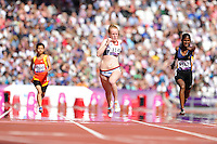 04.09.2012 London, England. Olympic Stadium. Women's 100m T46 heats. Sally Brown (GBR) competes in the heat won by Yunidis Castillo (CUB) during Day 5 of the Paralympics from the Olympic Stadium.