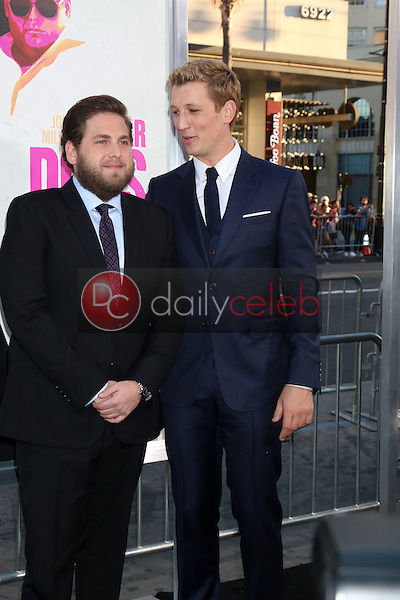 Jonah Hill, Miles Teller<br /> at the &quot;War Dogs&quot; Premiere, TCL Chinese Theater IMAX, Hollywood, CA 08-15-16<br /> David Edwards/DailyCeleb.com 818-249-4998