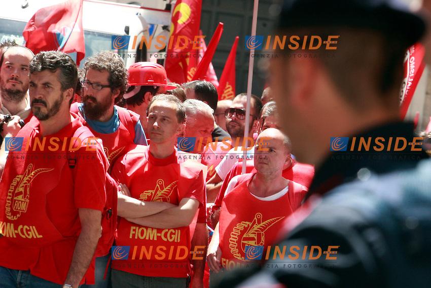 .Roma 14/06/2012 Manifestazione della Fiom-Cgil contro la riforma del Lavoro.Photo Samantha Zucchi Insidefoto