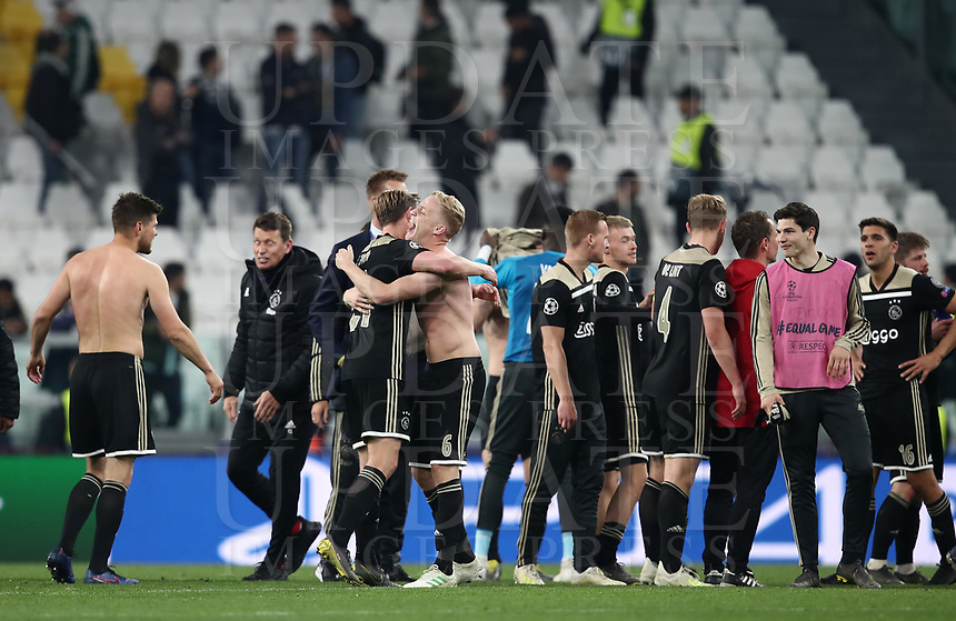 Football Soccer: UEFA Champions UEFA Champions League quarter final second leg Juventus - Ajax, Allianz Stadium, Turin, Italy, March 12, 2019. <br /> Ajax's players celebrate after winning 2-1 the Uefa Champions League quarter final second leg against Juventus at the Allianz Stadium, on March 12, 2019.<br /> UPDATE IMAGES PRESS/Isabella Bonotto