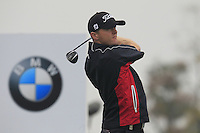 Michael Hoey (NIR) tees off the 2nd tee during Thursday's Round 1 of the 2014 BMW Masters held at Lake Malaren, Shanghai, China 30th October 2014.<br /> Picture: Eoin Clarke www.golffile.ie