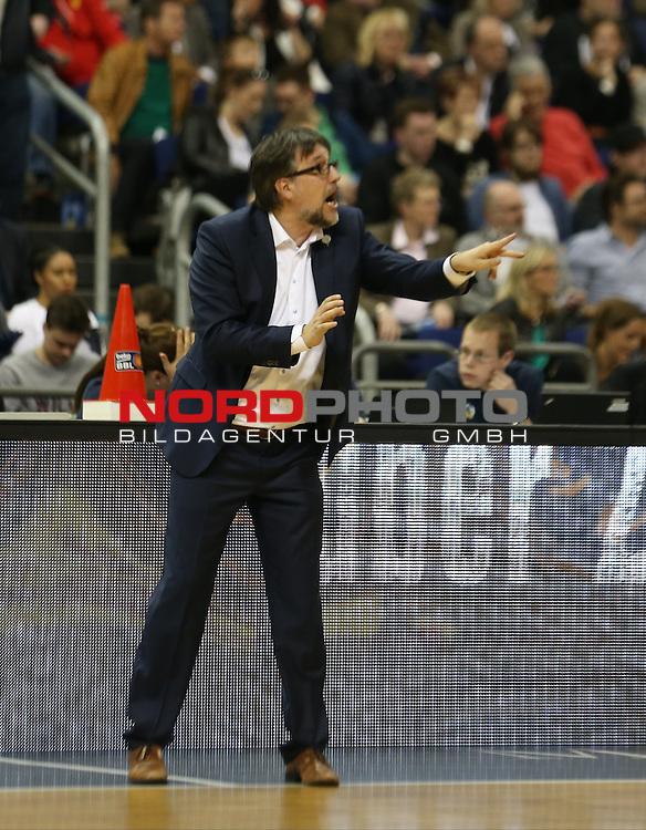 09.04.2016, Mercedes Benz Arena, Berlin, GER, ALBA BERLIN vs. BASKETS BONN, im Bild <br /> Cheftrainer (Head Coach) Silvano Poropat (Telekom Baskets Bonn)<br /> <br />      <br /> Foto &copy; nordphoto /  Engler
