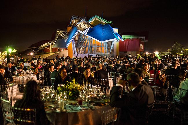 Biomuseo de Panama.<br /> Cena de grupo de empresarios durante la Cumbre de las Am&eacute;ricas, Panama. 2015