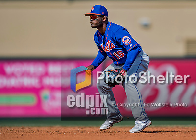 28 February 2019: New York Mets infielder Dilson Herrera in action during a Spring Training game against the St. Louis Cardinals at Roger Dean Stadium in Jupiter, Florida. The Mets defeated the Cardinals 3-2 in Grapefruit League play. Mandatory Credit: Ed Wolfstein Photo *** RAW (NEF) Image File Available ***
