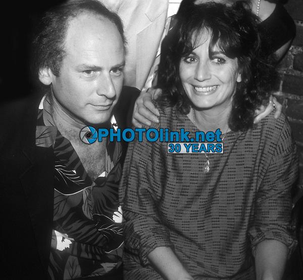 Art Garfunkel and Penny Marshall 1985<br /> Photo By John Barrett/PHOTOlink