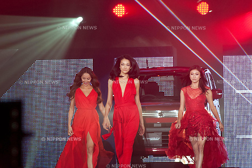 November 8, 2012, Tokyo, Japan - Jessica Michibata, Ai Tominaga, and Yu Yamada pose on the catwalk during Girls Award 2012 Autumn/Winter at the Yoyogi National Gymnasium in Shibuya, Japan. (Photo by Yumeto Yamazaki/Nippon News)