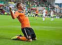 :: DUNDEE UTD'S DAVID GOODWILLIE CELEBRATES AFTER HE  SCORES THE SECOND ::