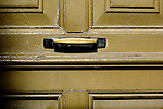 via lacona porte, portoni, maniglie e serrature di sassari, Italia<br />