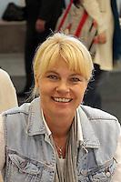 """Autorin Nele Neuhaus auf der Buchmesse mit ihrem neuen Buch """"Boeser Wolf"""""""