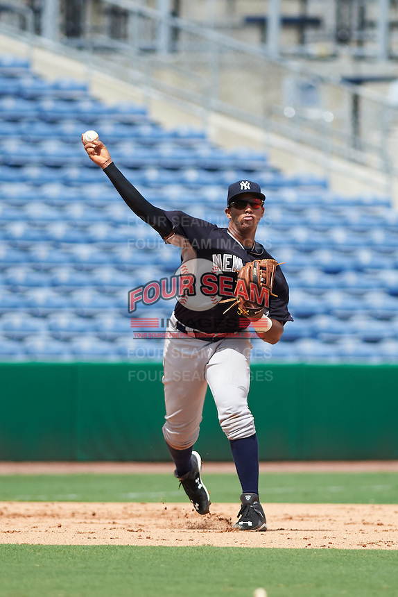 New York Yankees Dermis Garcia (60) during an instructional league game against the Philadelphia Phillies on September 29, 2015 at Brighthouse Field in Clearwater, Florida.  (Mike Janes/Four Seam Images)
