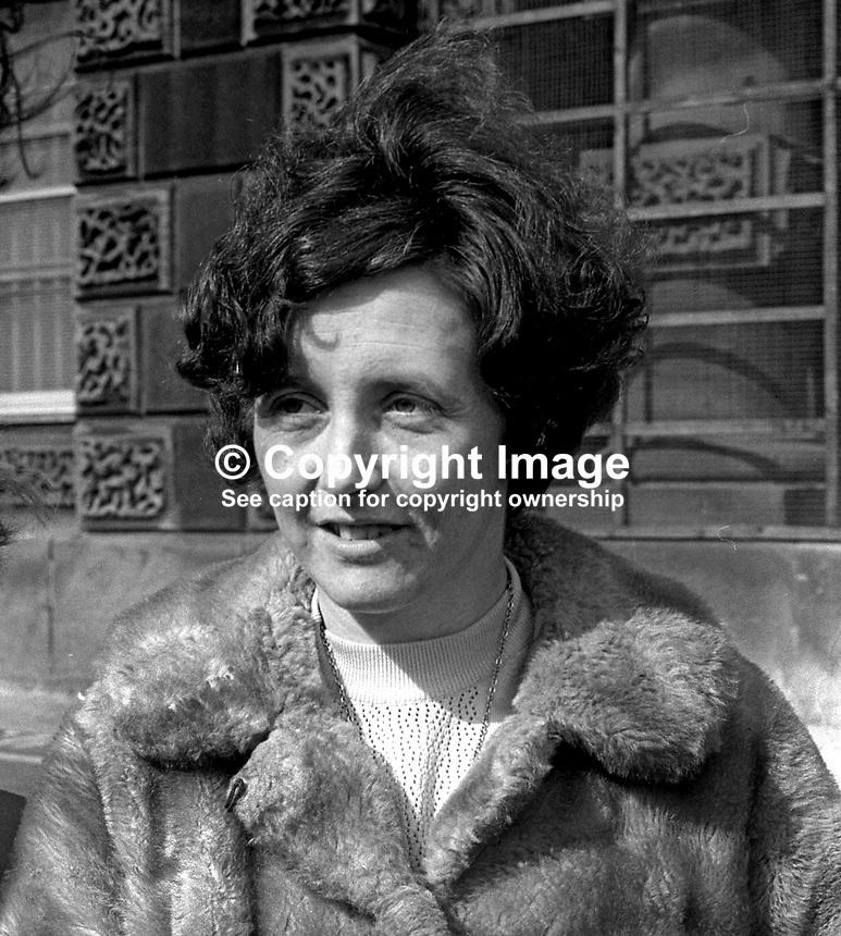 Betty Brown, wife,of Albert Brown, leaving Crumlin Road jail, Belfast, 6th April 1973, after learning that her husband&rsquo;s death sentence for the murder of RUC constable, Gordon Harron, had been commuted to a prison term. In February 1973 when the fatal shooting occured the death sentence was mandatory for the murder of a police officier. April, 1973, 197304060189c<br />