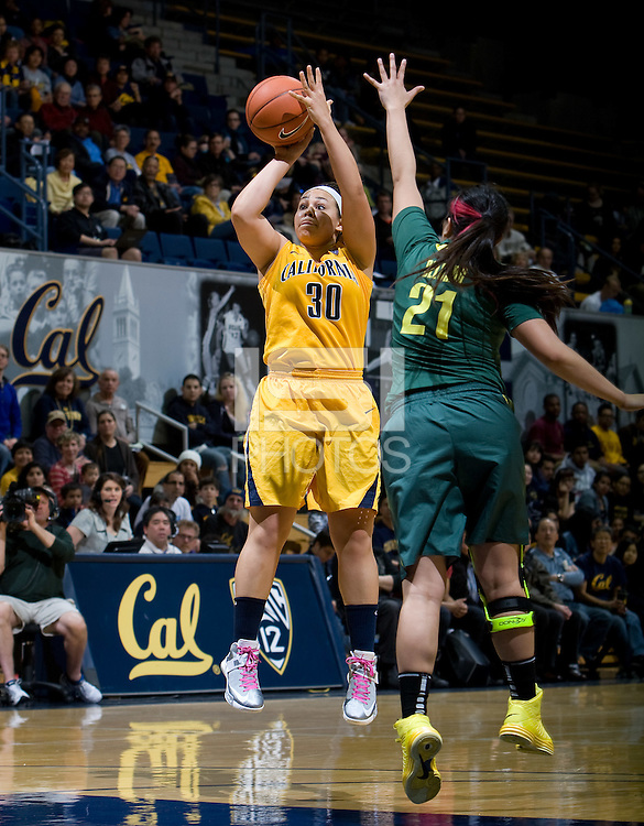 Mikayla Lyles of California shoots the ball during the game against Oregon Ducks at Haas Pavilion in Berkeley, California on February 22nd, 2013.  California defeated Oregon Ducks, 77-55.