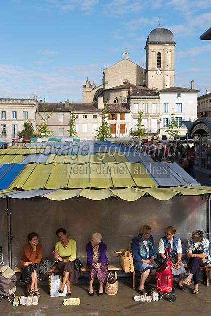 Europe/France/Aquitaine/47/Lot-et-Garonne/Marmande: Jour  de marché à Marmande et Eglise Notre-Dame