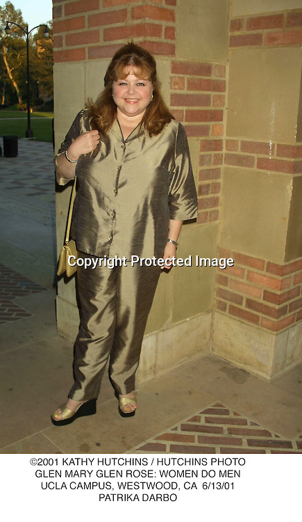 ©2001 KATHY HUTCHINS / HUTCHINS PHOTO.GLEN MARY GLEN ROSE: WOMEN DO MEN.UCLA CAMPUS, WESTWOOD, CA  6/13/01.PATRIKA DARBO
