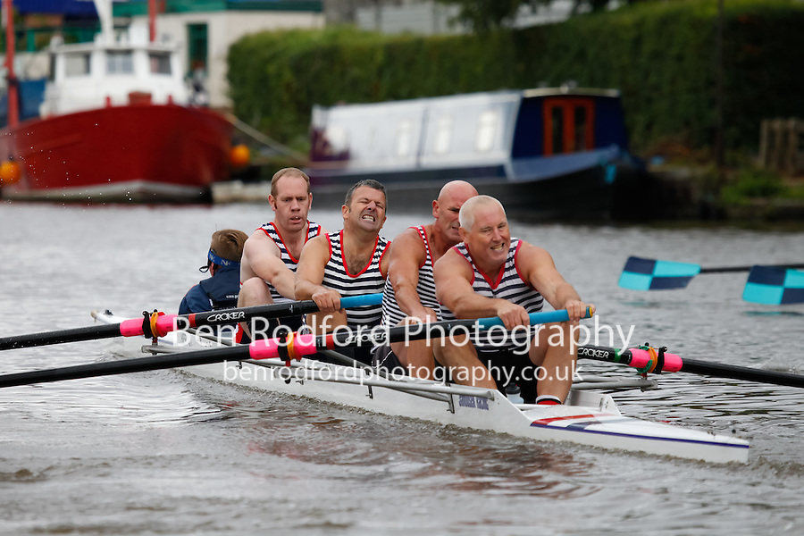 IM2.4+  Heat  (235) City of Swansea RC (Lloyd) vs (236) Hereford RC (Birch)<br /> <br /> Sunday - Gloucester Regatta 2016<br /> <br /> To purchase this photo, or to see pricing information for Prints and Downloads, click the blue 'Add to Cart' button at the top-right of the page.