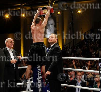 Saturday,Jahnsportforum,Neubrandenburg,Germany.IBF Middleweight Title - 12 rounds .Sebastian Sylvester (Germany) wins  vs Giovanni Lorenzo (Dom. Rep.) ..