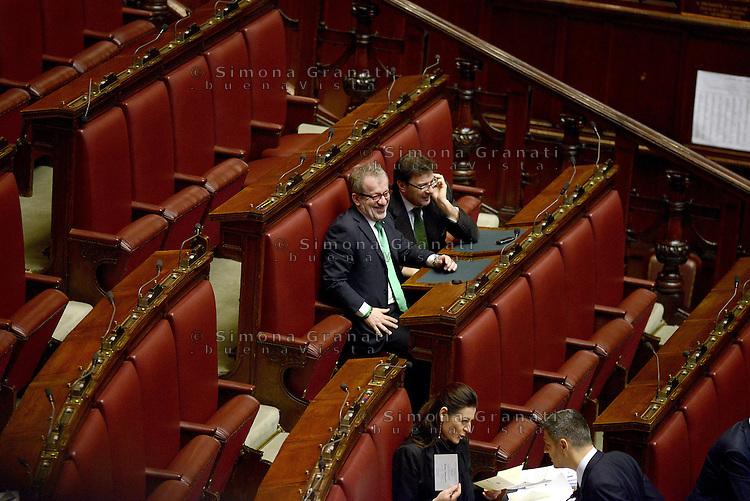 Roma, 20 Aprile 2013.Camera dei Deputati.Votazione del Presidente della Repubblica a camere riunite..Roberto Maroni Lega nord negli scranni del PDL vuoti durante la quinta votazione