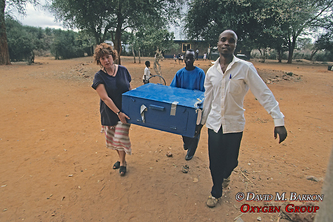 Carrying Solar Oven